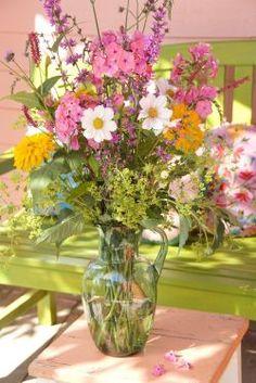 Happy Flowers, Flowers Nature, Dried Flowers, Spring Flowers, Beautiful Flowers, Flower Centerpieces, Flower Vases, Growing Flowers, Planting Flowers