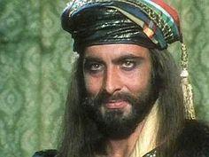Sandokan - Kabir Bedi  Sandokan è uno sceneggiato televisivo del 1976 diretto da Sergio Sollima e tratto dai romanzi del ciclo indo-malese di Emilio Salgari. La storia è basata principalmente sul libri Le Tigri di Mompracem e I pirati della Malesia