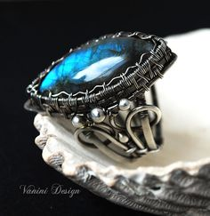 Blue ocean Fine/sterling silver and labradorite ring by vanini