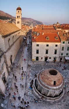 Dubrovnik, Croatia  Vertical panorama of the main street of Dubrovnik and the Onofrio fountain