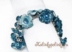 браслет с синими цветами