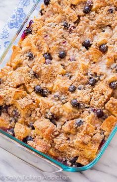 This is the perfect crowd-pleasin… Unbelievable Blueberry French Toast Casserole! This is the perfect crowd-pleasing make ahead recipe for busy mornings. What's For Breakfast, Breakfast Dishes, Breakfast Recipes, Make Ahead Breakfast Casserole, Brunch Casserole, Blueberry French Toast Casserole, French Toast Bake, Blueberry Baked French Toast, Overnight Blueberry French Toast