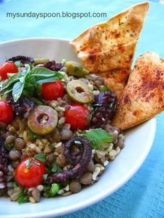 Octopus salad with lentil and bulgur / Χταπόδι σαλάτα με φακές, πλιγούρι και άρωμα πορτοκαλιού & τραγανές πιτούλες