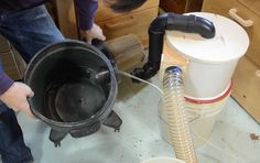 Building the two-bucket cyclone Table Saw Dust Collection Diy, Shop Dust Collection, Wood Shop Projects, Home Projects, Projects To Try, Dust Collector Diy, Woodworking Jigs, Carpentry, Wood Turning
