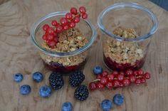 Food and More - Rezeptra: Beeren mit Knuspercruble