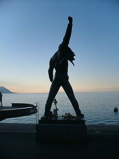 Freddy Mercury statue, Montreaux, Lake Geneva, Switzerland. Freddy Mercury was creamated and his ashes scattered in Lake Geneva.