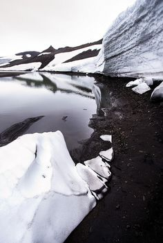 Patterns of Ice between two glaciers by bm_photo, via Flickr