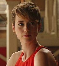 Karine Vanasse Upped To Regular On ABC's 'Revenge'