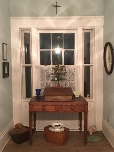 Front of upstairs hall (desk is from noted wildlife artist John Ruthven).