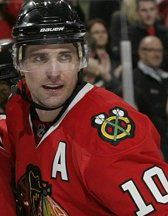 Gorgeous Patrick Sharp! #10 Chicago Blackhawks <3