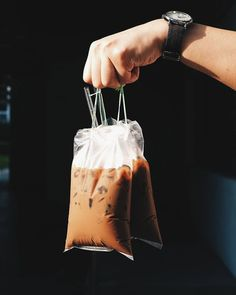 Can we have two kopi peng takeaway uncle? Most missed drink in Singapore simple ice robusta coffee brewed in socks with condensed milk. No wonder it's the favorite drink for Singaporeans ___ Iced Coffee Cup, Coffee Cup Art, Coffee Cup Design, Coffee Milk, Coffee Is Life, Milk Tea, Coffee Cafe, Coffee Shop, Coffee Takeaway Cup