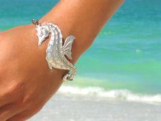 Seahorse Bracelet Beach Bracelet Seahorse Jewelry by laromantica, $39.00