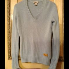 Reebok 100% Cashmere Sweater Reebok Women's size Large 100%Cashmere machine washable. This is pre-loved but was taken great care of so no flaws holes or stains. Butter soft sweater! Hate to see it go but need to clean up my closet. Lol Reebok Sweaters
