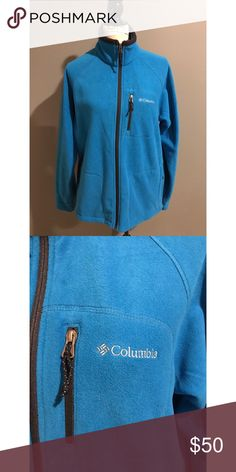 ❄️Men's Columbia Fleece Zip Up❄️ This men's blue fleece Columbia zip up was never worn but the tags were removed! Excellent condition. It did not fit my husband! It is super warm for the upcoming cold months!!❄️❄️🌨 Columbia Jackets & Coats Lightweight & Shirt Jackets