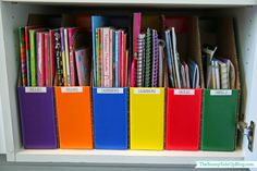 Sunny Side Up: Organized craft/school supplies (use file folders to organize kids' coloring/work books)