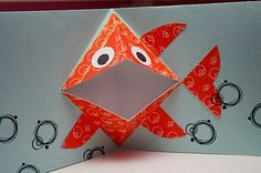 easy pop up frog art for kids hub - PIPicStats Sea Crafts, Fish Crafts, Diy And Crafts, Origami, Craft Activities For Kids, Crafts For Kids, Arte Pop Up, Kids Pop, Art Carte