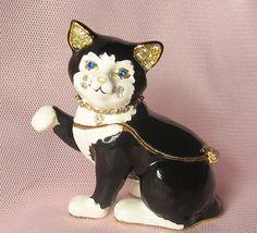 Vintage Bejeweled Enameled Cat Trinket Box / Cat by happybdaytome