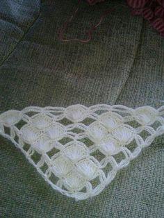 Crochet Scarves, Crochet Shawl, Crochet Doilies, Crochet Stitches, Free Crochet, Crochet Square Patterns, Baby Knitting Patterns, Stitch Patterns, Crochet Wallet