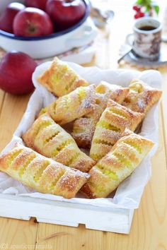 Italian Recipes, French Toast, Muffin, Food And Drink, Sweets, Cooking, Breakfast, Desserts, Strudel