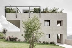 Cut Out, House H / bergmeisterwolf architekten