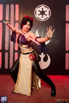 Star Wars/Disney crossover My Sith Snow White for Bash of the Empire Pic by Atlanta Event Photos Jedi Cosplay, Comic Con Cosplay, Disney Cosplay, Cosplay Costumes, Disney Halloween Costumes, Halloween Cosplay, Halloween Outfits, Run Disney, Disney Star Wars