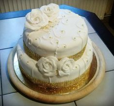 Wedding Cakes, Food, Elegant, Wedding Gown Cakes, Essen, Cake Wedding, Meals, Wedding Cake, Yemek