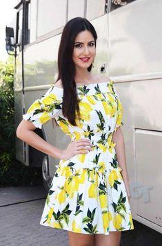 Katrina Kaif In Floral Mini Dress At Mehboob Studio - Fitoor Promotion