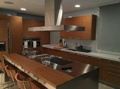 Kitchen oak stainless steel. Arc Linea