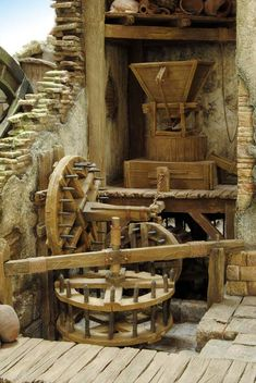 álbumes de fotos Historical Architecture, Architecture Design, Old Grist Mill, Water Mill, Old Tools, Model Train Layouts, Miniature Crafts, Le Moulin, Model Ships