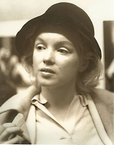 "marilyn monroe-sans makeup - I do like seeing the ""without make-up"" celebrity pics, if only to remind me that we all have a similar starting point, it's just a matter of effort. (and light and sometimes photoshop)"