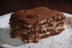 Receita de Torta de Bolacha Simples de Chocolate mais elogiada do site Multi Receitas. Vale apena experimentar.