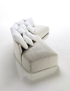 Contemporary And Modern White Sofa For Lavish Living Room by Desiree Divano on Sofa|Decorative Home Interior