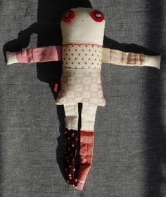 Les inséparables - Poppy 3 - poupée de chiffon aimantée - faite à la main à Montréal - 2014 - Anouk Kouri vendue