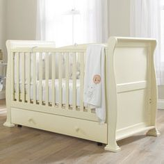 Sleigh Cotbed in Cream