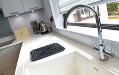 German Kitchen, Kitchen Design, Sink, Bathroom Ideas, Home Decor, Sink Tops, Cuisine Design, Vessel Sink, Decoration Home
