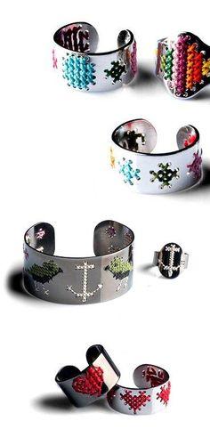 Elena Franceschetti (The Carrotbox Jewelry Blog - rings, rings, rings!)