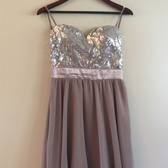 SALE HILO tan/mauve glitter dress Looks adorable on! Only worn once to a wedding! As you wish Dresses High Low