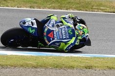 Chaaaaaaaaaaarge. Valentino Rossi