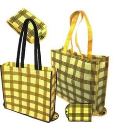 Blog:Bolsas Plegables .Bolsas plegables para la Compra Backpack Bags, Tote Bag, Eco Friendly Bags, Fabric Bags, Sewing For Beginners, Cloth Bags, Gift Bags, Sewing Crafts, Shopping Bag