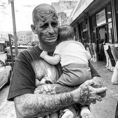 Juxtapoz Magazine - Los Angeles's Skid Row shot by Joe Suitcase