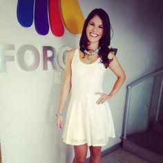 Paulina Soto en Animal Nocturno vestido Studio F accesorios By Patty Meade