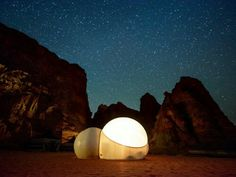 Stylish bubble tent with panoramic view wadi rum Wadi Rum, Arabian Oryx, Bubble Tent, Desert Resort, World Of Wanderlust, Air Balloon Rides, Night Pictures, Unique Hotels, Luxury Camping