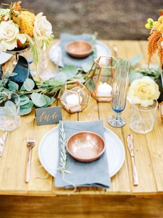 dusty blue and copper wedding place setting via Love by Serena / http://www.deerpearlflowers.com/dusty-blue-and-copper-wedding-color-ideas/