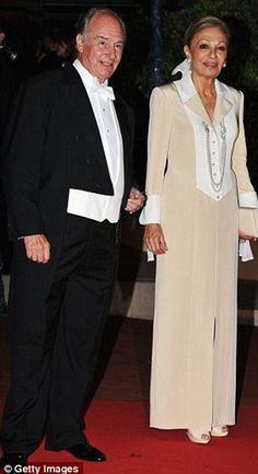prince karim aga khan and Empress Farah Pahlavi Farah Diba, Prince Carl Philip, Andrea Casiraghi, Prince Albert, Royal Queen, King Queen, Prince Rahim Aga Khan, Giorgio Armani, Qajar Dynasty