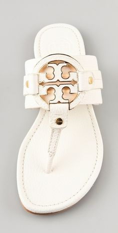Super cute,tory burch sandal!!Holy cow, I'm gonna love this site