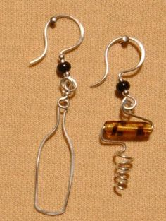 wine glass charms maybe? wine bottle and corkscrew earrings Wire Wrapped Earrings, Wire Earrings, Wire Jewelry, Jewelry Crafts, Jewelry Art, Beaded Jewelry, Jewelry Accessories, Jewelry Design, Jewellery