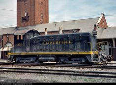 RailPictures.Net Photo: CRR 350 Clinchfield Railroad EMD SW7 at Kingsport, Tennessee by Tom Sink
