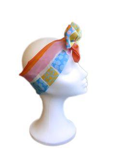 Bandanas Pin Up, Bandanas retro y rockabilly. Complemento mitico de los años 50. Elaboracion handmade y diseños exclusivos by Hadas Pin Up: www.hadaspinup.com #pinup #retro #años50 #bandanas