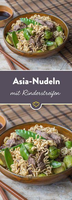 Feine Rindfleischstreifen, chinesische Mie-Nudeln und buntes Gemüse zusammen in einer Pfanne - das klingt nicht nur gut, das schmeckt auch echt asiatisch.