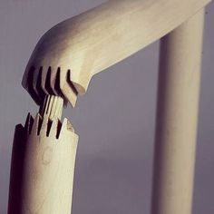 Fantastic detail on the doweled finger joint #joinery #woodwork #armchair #joint #details